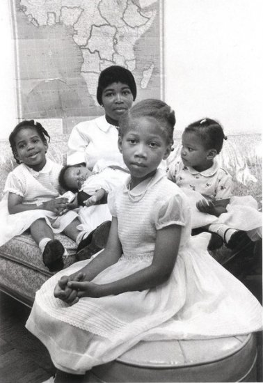 Betty Shabazz and Daughters
